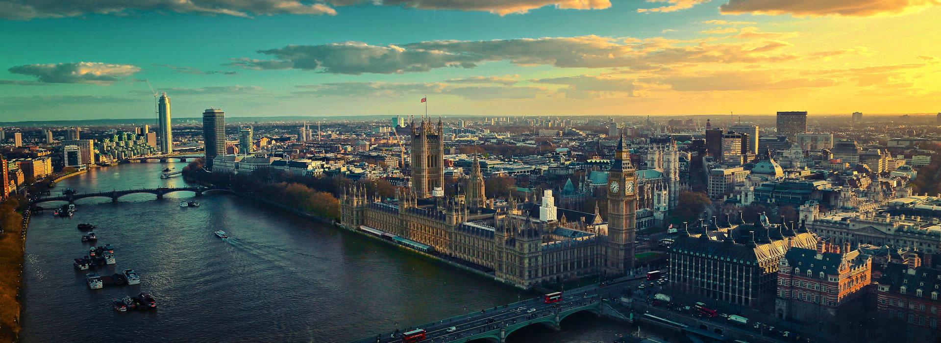 4D3N London Free & Easy